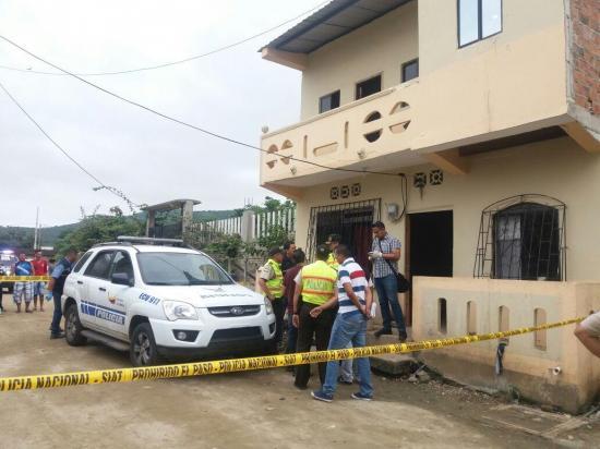 Una mujer es asesinada a puñaladas en Puerto López, presuntamente por su pareja