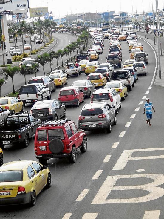Preocupa obra en av. Malecón