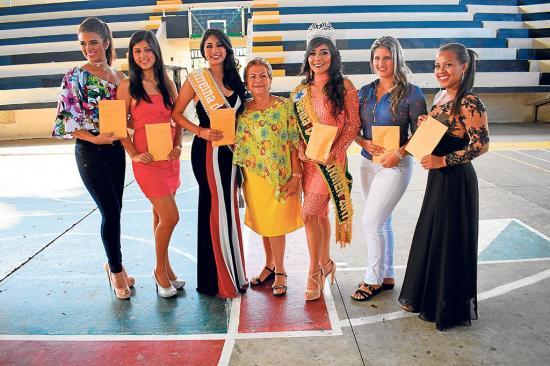 Soberana de El Carmen  recibió su premio