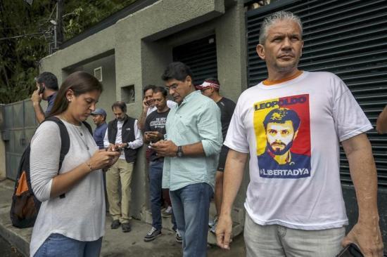 Partido de Leopoldo López dice que protestas motivaron su salida de prisión