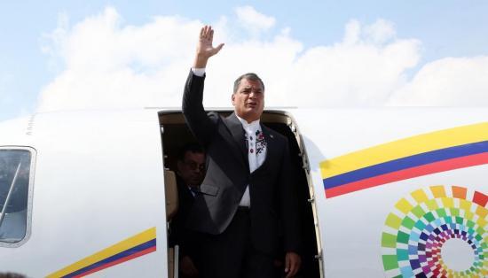 Simpatizantes y militantes de Alianza PAIS preparan despedida a expresidente Correa