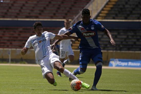Emelec y Católica cierran la etapa con un empate en el Atahualpa (1-1)