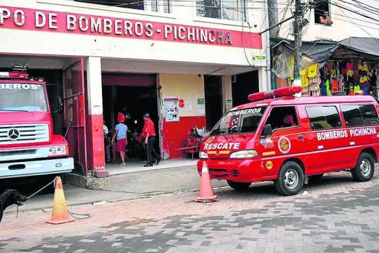 Bomberos cuentan  con dos vehículos para enfrentar emergencias