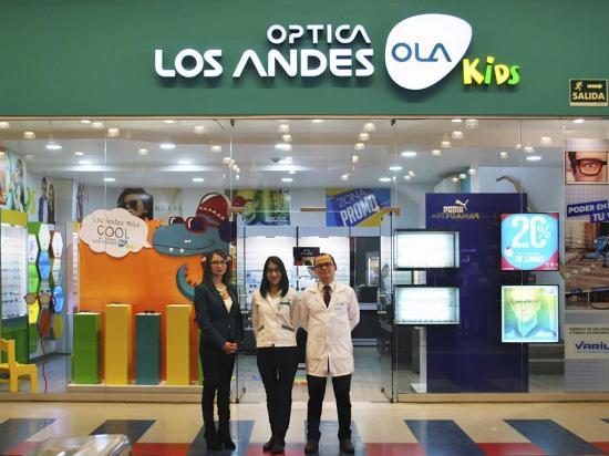 Los Andes inauguró la tienda Ola Kids en el Mall  del Pacífico en Manta