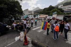 Choques entre manifestantes y Policía en un nuevo 'trancazo' en Venezuela