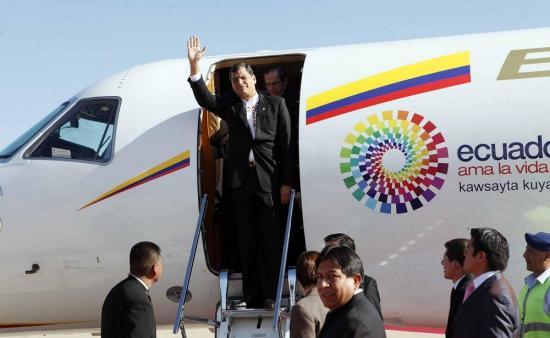 Rafael Correa se despide de Ecuador con un mensaje en Twittter