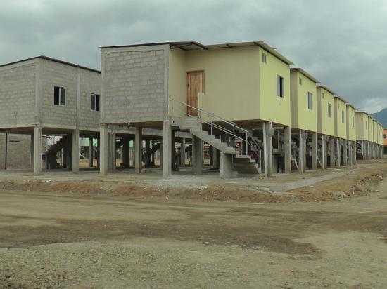 Damnificados en Portoviejo llevan seis años a la espera de casas