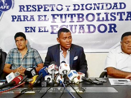 Iván Hurtado responsabiliza a la fef por crisis de clan juvenil
