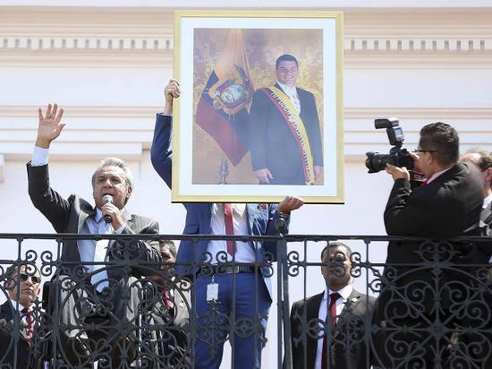 Moreno bendice a Correa y éste lo vuelve a criticar