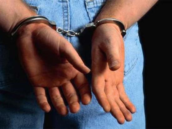 Policías lo capturan con cocaína y marihuana