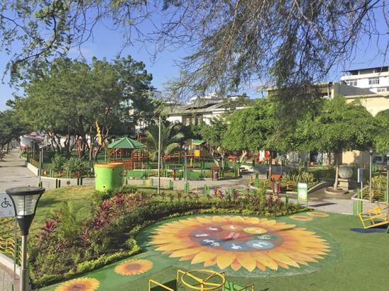 Contrato para intervenir en el parque de la Madre de Manta deberá ser modificado