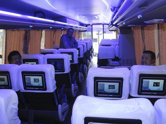 """Nuevos buses de Coactur cuentan con """"juguetes individuales"""""""