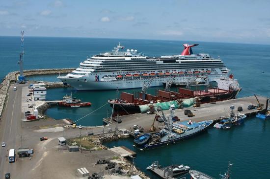 Un total de 23 cruceros llegarán a Manta en la nueva temporada