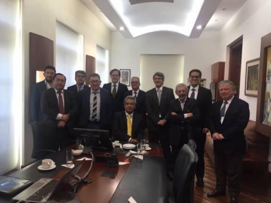El presidente Lenín Moreno se reúne con representantes de medios de comunicación