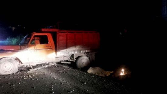 Hombre muere tras accidente de tránsito en la vía Cesme-Eloy Alfaro
