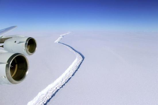 Uno de los mayores icebergs del mundo se desprendió de la Antártida