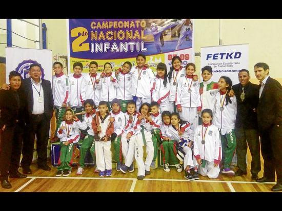 Manabí logra  14 medallas