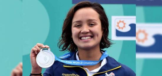 La ecuatoriana Samantha Arévalo logra plata en Mundial de Natación