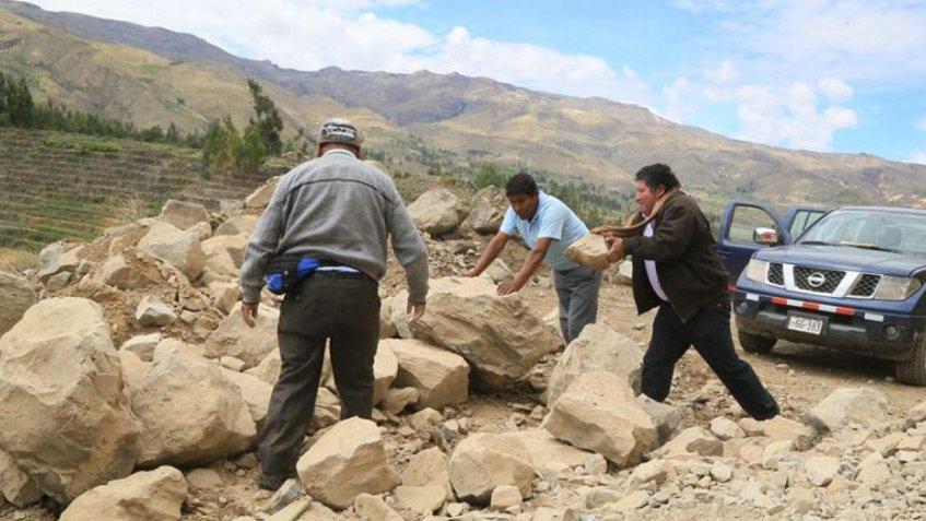Sismo de magnitud 6,3 dejó al menos un herido y bloqueó carreteras en Perú