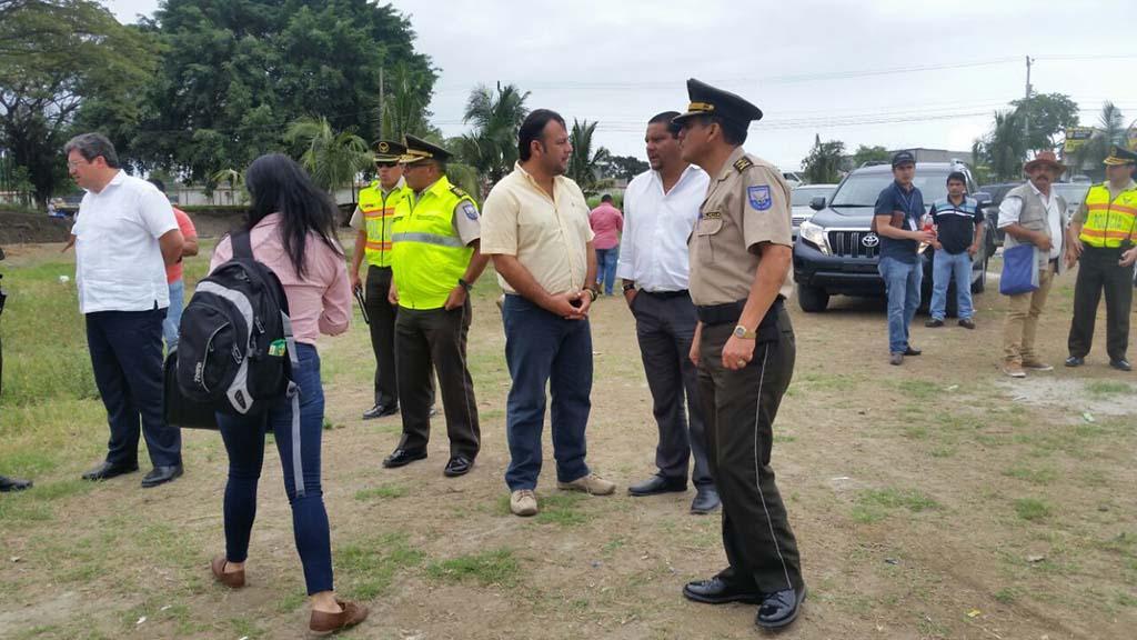 Oficina del distrito de la polic a operar a en la v a pedernales jama el diario ecuador - Oficina del policia ...
