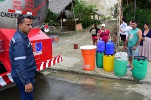 Agua gratis por tres meses en comunidad de Rocafuerte