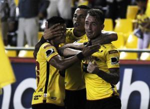 Barcelona SC vence 2-0 a Fuerza Amarilla en el Monumental