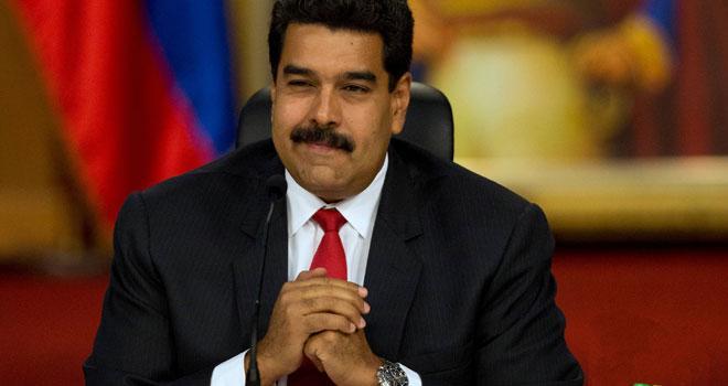 Maduro dice que Venezuela está en medio de 'una crisis revolucionaria'