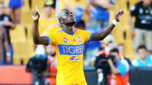 El ecuatoriano Enner Valencia explota regresa al fútbol mexicano con triplete