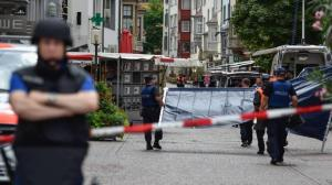 Hombre ataca con una motosierra a cinco personas en Suiza