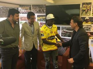 Luis 'Kunti' Caicedo firmó contrato con Barcelona SC