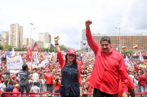 Maduro propone a oposición unirse a una 'mesa de paz' ante la Constituyente