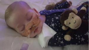 Fallece el bebé británico Charlie Gard, tras una larga batalla judicial