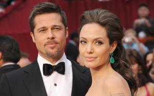 El divorcio entre Angelina Jolie y Brad Pitt estaría 'suspendido'