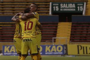 Barcelona SC vence por 2-0 a Clan Juvenil en el estadio Atahualpa