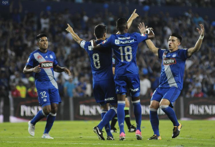 Serie A| Emelec le sigue los pasos al puntero Delfín tras vencer 2-0 a Fuerza Amarilla