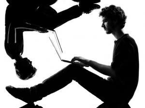 Millennials y centennials, más allá de la tecnología