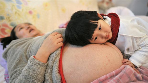 Casi un 60 % de los niños nacidos en China ya tiene hermanos