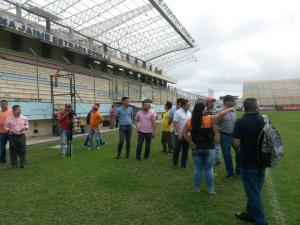 El estado de la Tribuna del estadio Jocay deja satisfecho a delegado de la FEF