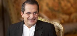 Ricardo Patiño viajará la próxima semana a Bélgica para reunirse con Correa