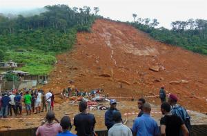 Más de 100 niños entre los fallecidos por las inundaciones en Sierra Leona