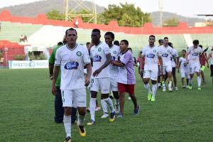 Liga de Portoviejo hace respetar su localía tras vencer en el último minuto a Gualaceo
