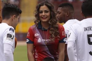 Larissa Riquelme presente en el triunfo de El Nacional ante Liga de Quito