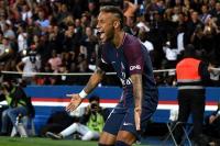 Lujos, goles y ovación: Neymar deja boquiabierta a Francia
