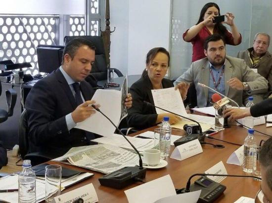 Bernal, ausente en su informe sobre la reconstrucción en Manabí