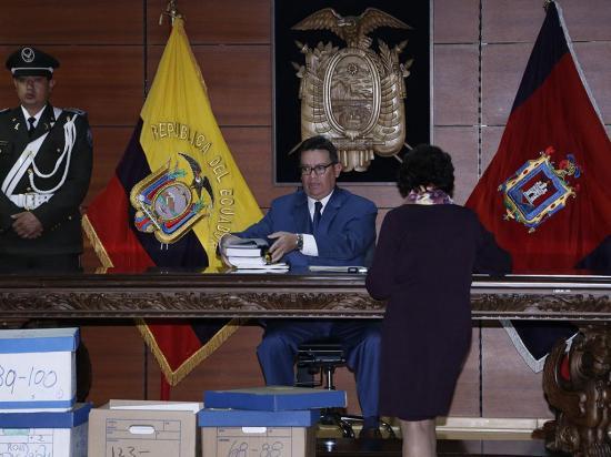 Corte prohíbe la salida del país del vicepresidente Jorge Glas