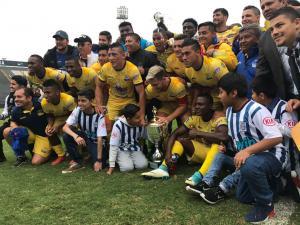 Delfín SC golea por 3-0 a Alianza Lima en cotejo amistoso