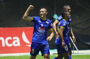 Delfín retoma la punta del torneo al vencer 1-0 a Liga de Quito en el estadio Jocay
