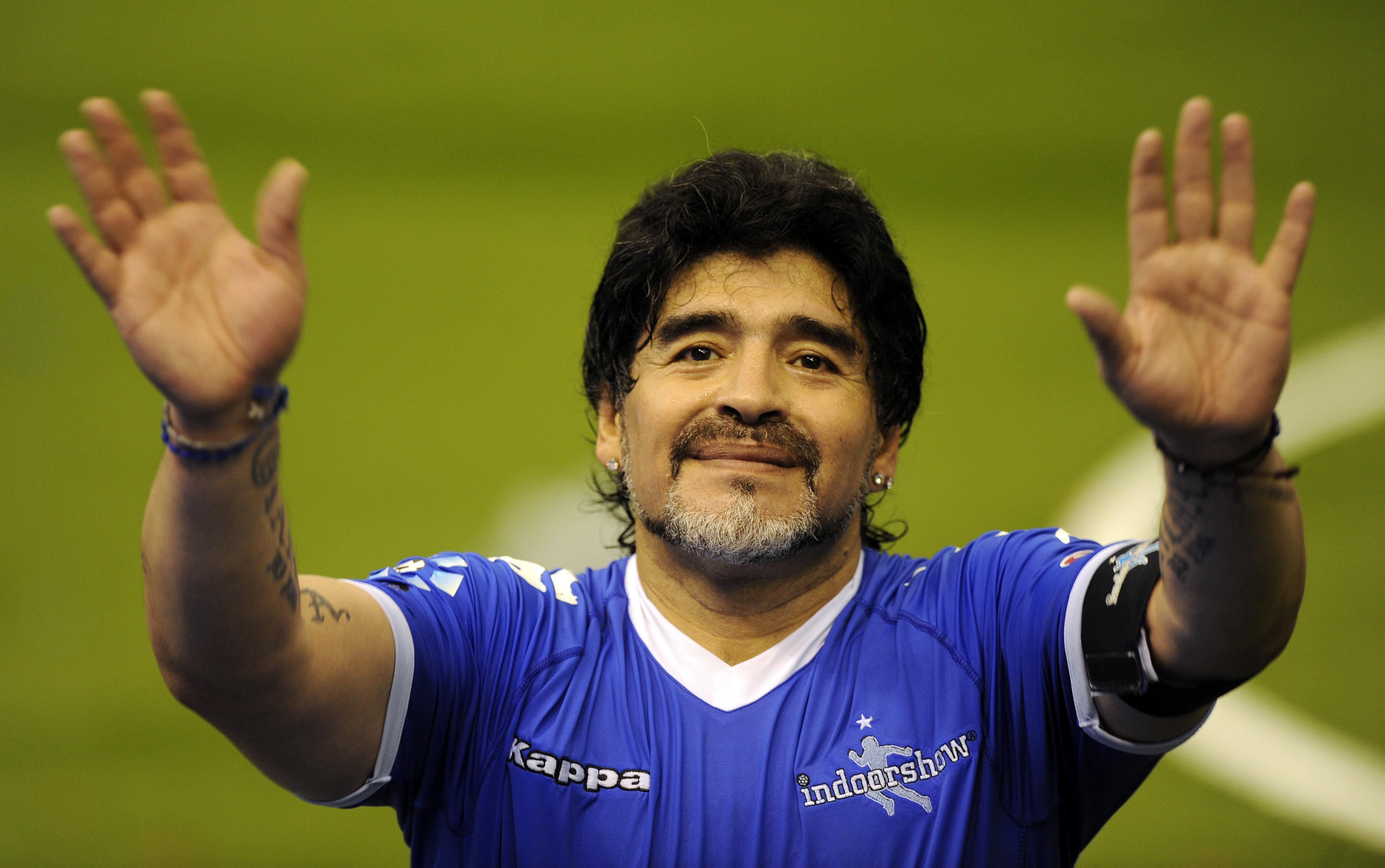 Maradona envía mensaje de solidaridad a Cuba y México por desastres naturales