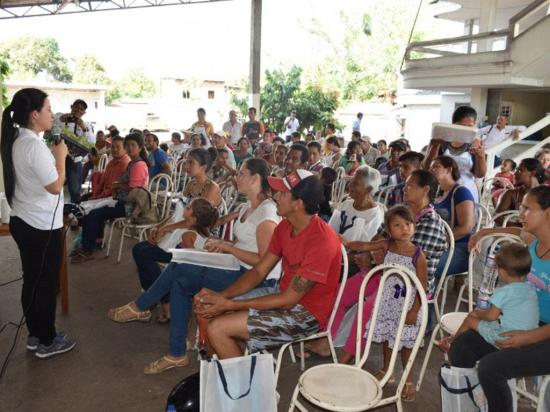 """Agricultores reciben  taller de nutrición   """"Niños saludables"""""""