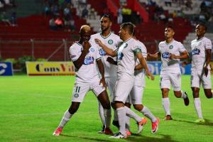 Liga de Portoviejo y Aucas empatan sin goles en el Reales Tamarindos